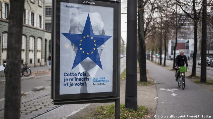 Frankreich Wahlwerbung Europawahl | Konterfei Donald Trump
