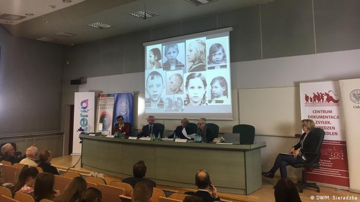 Polen Konferenz Geraubte Kinder in Krakau (DW/M. Sieradzka)