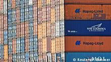 Deutschland Container im Hafen Hamburg