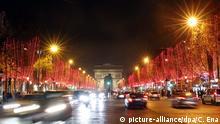 Frankreich Festbeleuchtung auf der Champs-Elysees