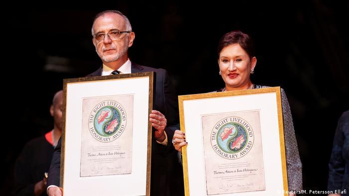 Verleihung Alternativer Nobelpreis Preisträger Ivan Velasquez und Thelma Aldana (Reuters/M. Petersson Ellafi)