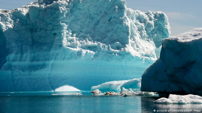 Climate change: Melting ice in Greenland