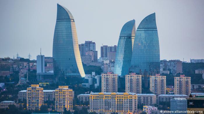 Aserbaidschan   Baku Skyline (picture-alliance/dpa/prisma)