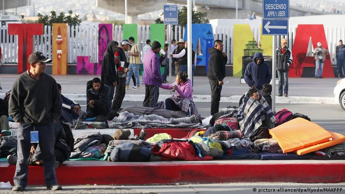 Mexiko Migranten Karawane in Tijuana (picture-alliance/dpa/Kyodo/MAXPPP)