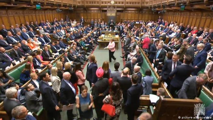 Britisches Unterhaus kippt Johnsons Brexit-Fahrplan