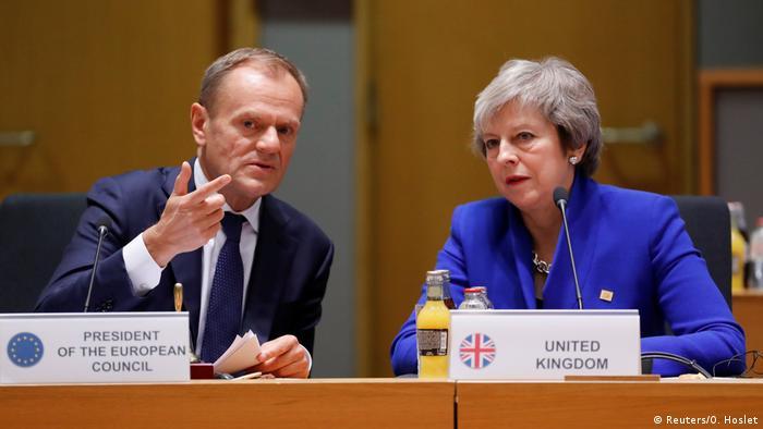 Donald Tusk i Theresa May podczas listopadowego szczytu w Brukseli