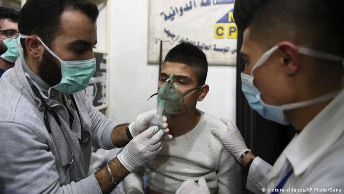 مسکو و دمشق شورشیان را متهم به حمله شیمیایی به حلب کردند