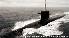 An undated handout photograph released by French Navy on 16 February 2009 shows the nuclear submarine Le Triomphant, at sea. French Navy sources have confirmed that Le Triomphant, one of four strategic nuclear submarines of the so-called 'Force de Frappe', was returning from a 70 day tour of duty when the incident occurred. The collision happened in heavy seas, and in the middle of the night between 03 and 04 February, in the Atlantic Ocean, and left Le Triomphant's sonar dome all but destroyed. British Department of Defense, following their standard policy involving their nuclear submarines activities, would not even confirm it had taken place. Both vessels are understood to have been carrying missiles with nuclear warheads at the time of the accident. EPA/MARINE NATIONALE EDITORIAL USE ONLY +++(c) dpa - Report+++ | Verwendung weltweit