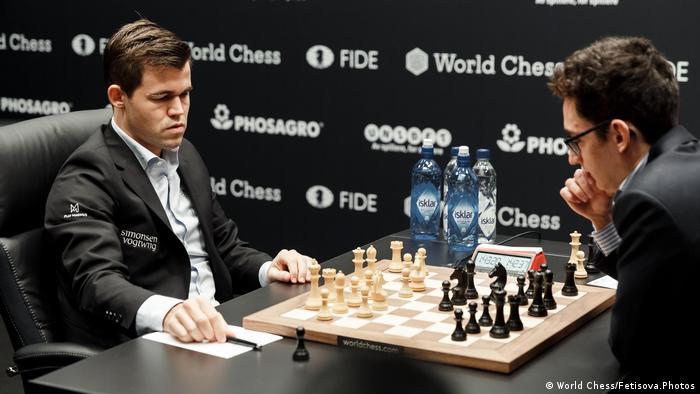 Schachweltmeisterschaft 2018 | Magnus Carlsen vs. Fabiano Caruana | 9. Partie