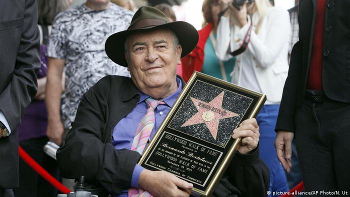 در سال ۲۰۰۸ در پیادهروی مشاهیر هالیوود ستارهای برای برناردو برتولوچی در نظر گرفته شد. این ستاره اما تازه در سال ۲۰۱۳ به صورت رسمی جاگذاری شد.