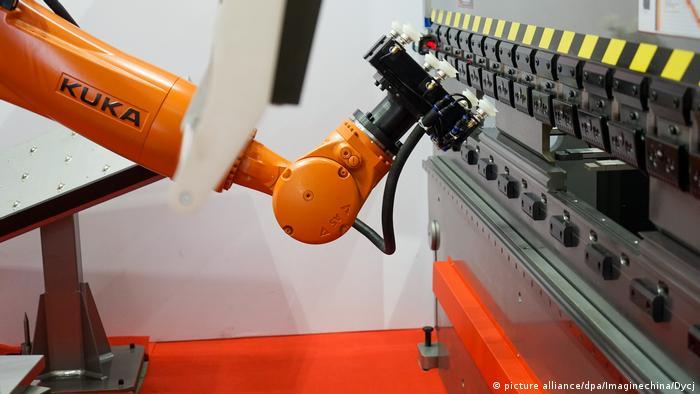 Deutschland - Kuka-Chef Till Reuter verlässt überraschend Roboterhersteller