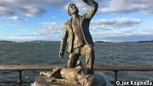 USA Statuen des Künstlers Joe Reginella in New York | Statue Alienentführung, (Joe Reginella)
