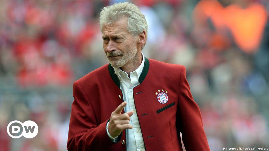 Fc Bayern Hoeness Erklart Breitner Zur Persona Non Grata Sport Dw 27 11 2018