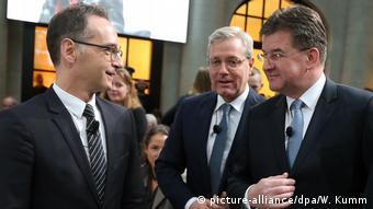 Με τους υπουργούς Οικονομικών της Γερμανίας και της Σλοβακίας