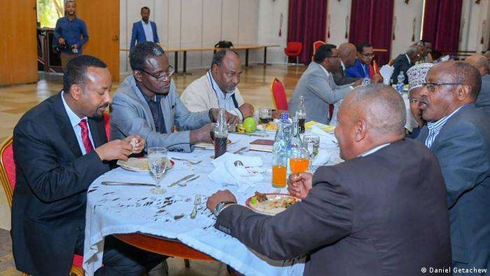 Äthiopien - Ministerpräsident Äthiopiens in einer Gesprächsrunde