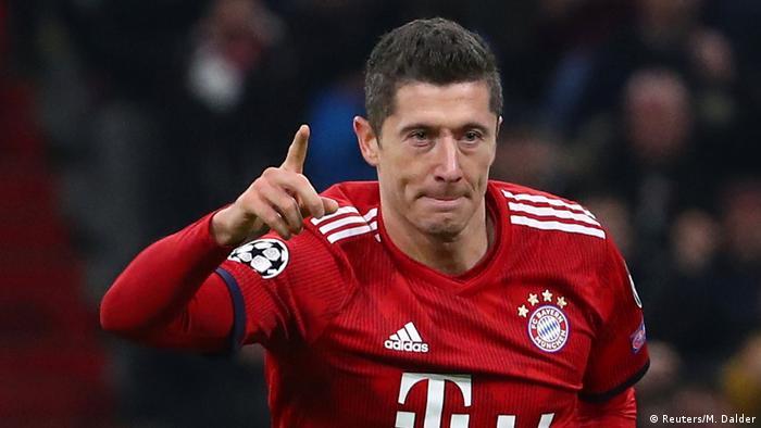 Fussball Champions League Spieltag 5 Gruppe E l Fc Bayern vs Benfica Tor 3:0 - Lewandowski (Reuters/M. Dalder)