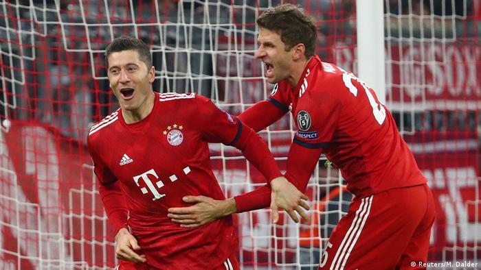 Fussball Champions League Spieltag 5 Gruppe E l Fc Bayern vs Benfica Tor 4:0 - Lewandowski