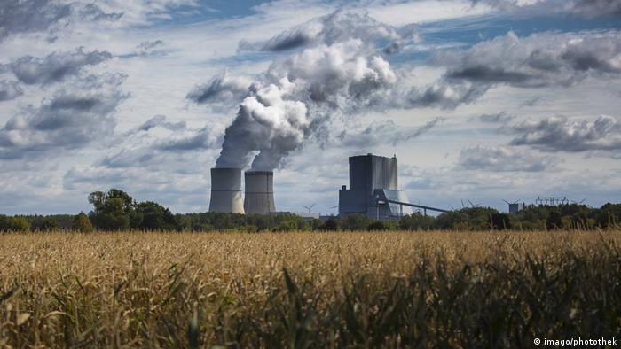Foto de usina de carvão na Alemanha