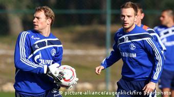 Schalke 04 Training Saison 2010/2011 neuer Rakitic (picture-alliance/augenklick/firo Sportphoto)
