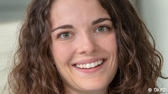 Dr. Ruth Schübel