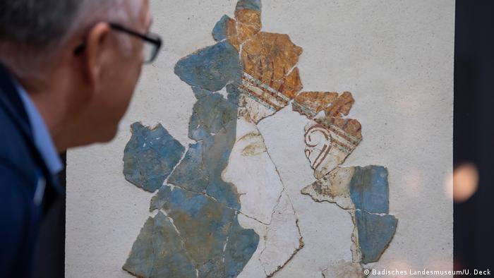 Фрагмент фрески во дворце Нестора