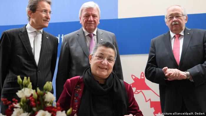 Şebnem Korur Fincancı (önde), Wolfgang Huber, Volker Bouffier, Norbert Kartmann (arkada soldan sağa)