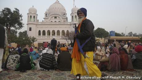 Pakistan Eröffnung des Kartarpur-Korridors (picture-alliance/AP Photo/K.M. Chaudary)
