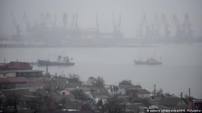 Вид на Азовское море из украинского города Бердянск (фото из архива)