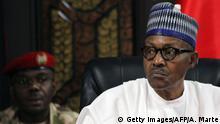 Nigeria Präsident Muhammadu Buhari bei Militär in Maiduguri