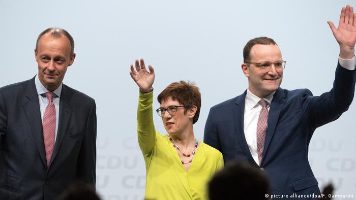 Deutschland CDU-Regionalkonferenz Düsseldorf l Merz, Kramp-Karrenbauer und Spahn (picture alliance/dpa/F. Gambarini)
