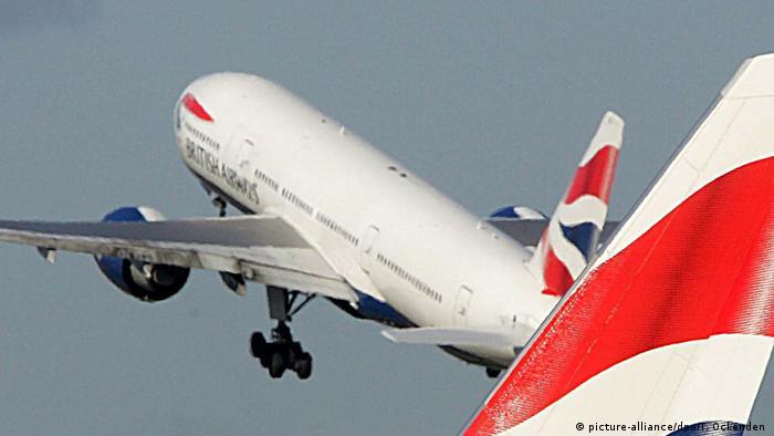 Luftverkehrsabkommen zwischen EU und USA vor Abschluss (picture-alliance/dpa/T. Ockenden )