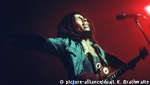 Der jamaikanische Reggae-Musiker während eines Konzertes. (Undatierte Aufnahme).  