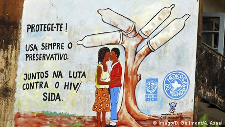 Sao Tome - Aids Kampagne (Imago/D. Delimont/A. Asael)