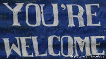 A sign proclaiming 'You're Welcome' (picture alliance/dpa)
