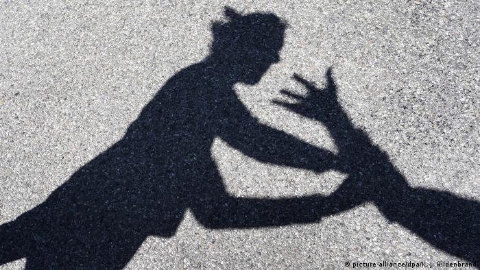 Изучаем европейский опыт: Что делать жертвам бытового насилия: памятка из Германии