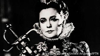 Zarah Leander interpretando Maria Stuart
