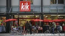 Deutschland - Anklage gegen Kik -Prozess nach Brand in pakistanischer Textilfabrik in Dortmund