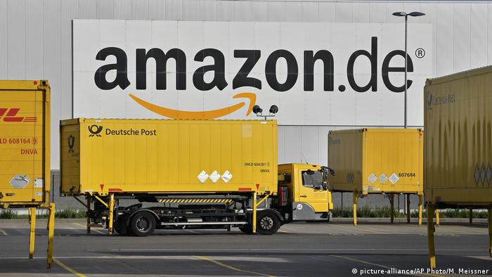 Deutschland Amazon Logistik Zentrum in Rheinberg