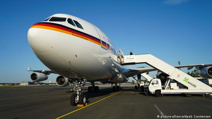 Konrad Adenauer Airbus in Berlin (picture-alliance/dpa/J. Carstensen)