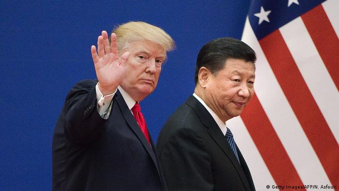 Xi Jinping und Donald Trump (Getty Images/AFP/N. Asfouri)