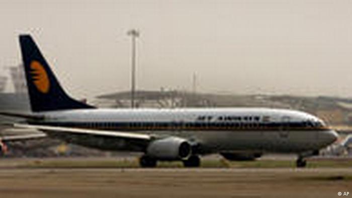 Flugzeug von Jet Airways in Neu-Delhi
