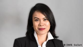 DW reporter Ana Santos