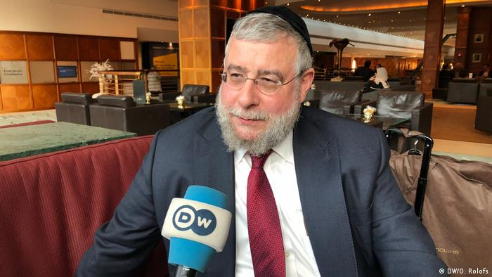 Глава Совета раввинов Европы, главный раввин Москвы Пинхас Гольдшмидт