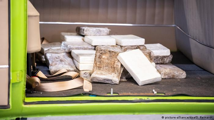 Deutschland - Hamburger Zoll beschlagnahmt Drogenpakete