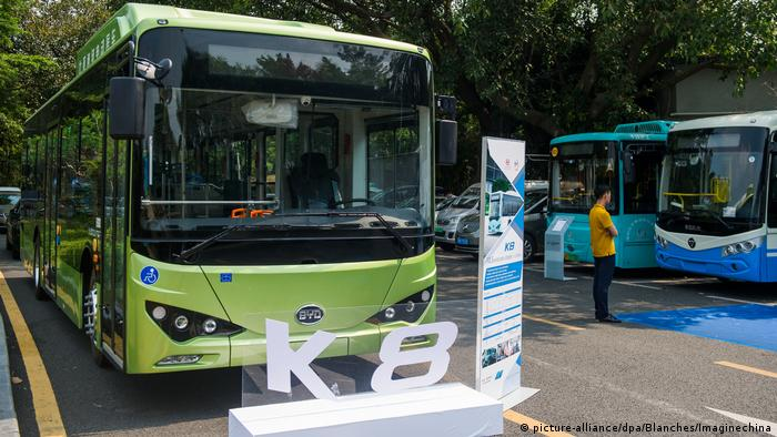 China BYD K8 Elektrobus (picture-alliance/dpa/Blanches/Imaginechina)