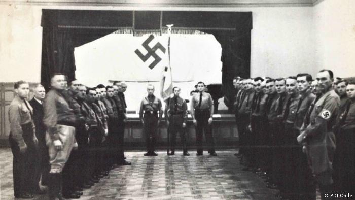 No solo la grúa Titán vincula a los nazis con el Canal de Panamá. En 1940, la Policía chilena (PDI), a través del departamento 50, detectó una red de espías nazis, que se comunicaban a través de radios clandestinas y que tenían como plan secreto hacer volar el Canal de Panamá, para así afectar la navegación transoceánica de los buques aliados.