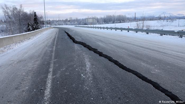 Alaska Erdbeben Schäden (Reuters/N. Wilder)