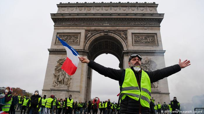 Gelbwesten-Protest in Paris (AFP/Getty Images/A. Jocard)