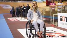 Kristina Vogel im Rollstuhl beim Bahnrad-Weltcup