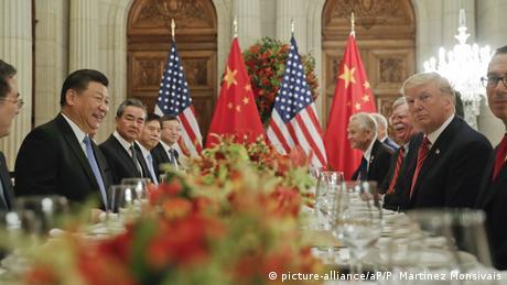 """""""Ξαποσταίνει"""" η εμπορική διένεξη ΗΠΑ-Κίνας"""